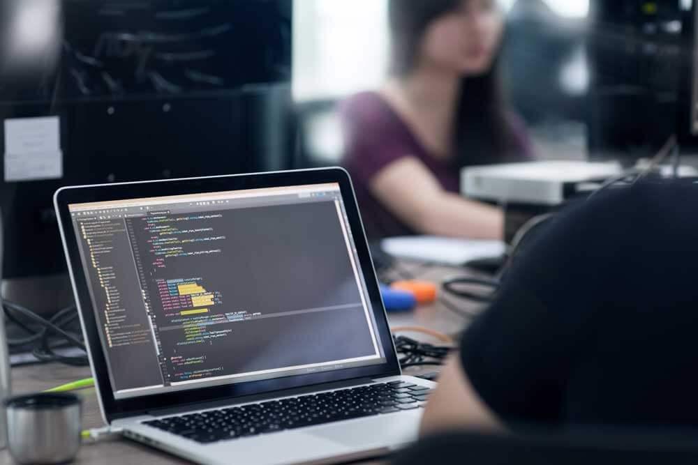 Her dilde yazılım yerelleştirmesi